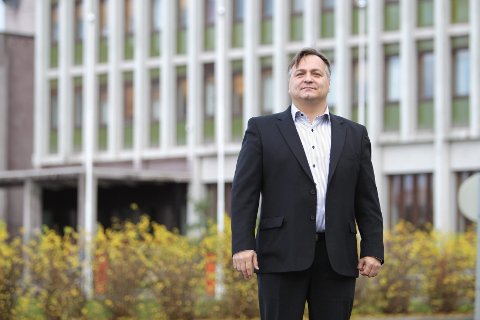 Are Johnsen sier at arbeidet med å nominere ordførerkandidat i Narvik Ap er satt på pause. Forklaringen er krangelen om grense mellom nye Narvik og nye Hamarøy.