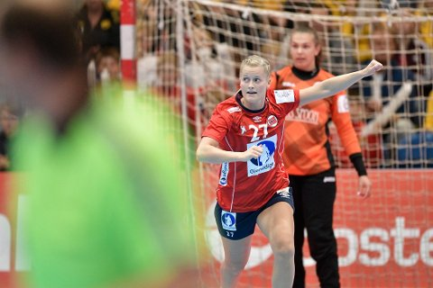 Landslagsspiller i håndball, Marit Røsberg Jacobsen, med ny seier som utenlandsproff.