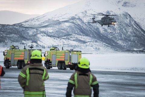 HEr lander NH90 på Evenes. Helikopteret fikk problemer med ising, og sendte ut nødsignal.