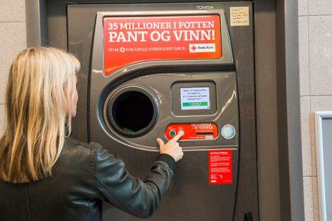 Røde Kors i Nordland fikk inn over en halv million kroner i pantelotteriet i 2018
