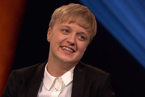HOS LINDMO: Ingeborg Tiltvik (24) fra Hamarøy gjester Lindmo fredag kveld. Med seg har hun Markus Wisth Edvardsen (26) fra Narvik.
