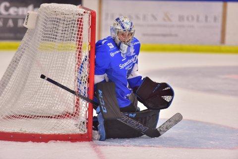 Herman Jenssen kom inn og klarte seg bra mot landets beste lag, Stavanger Oilers. Foto: Kjell Karlsen