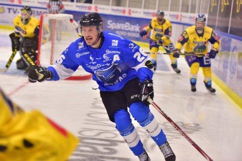 KAMPKLAR: Ørnenes assisterende kaptein, Tim-Robin Johnsgård, erkjenner at det blir en tøff kamp mot Storhamar søndag, men har nøkkelen til hvordan de skal gå seirende av isen: Spille disiplinert forsvarsspill.