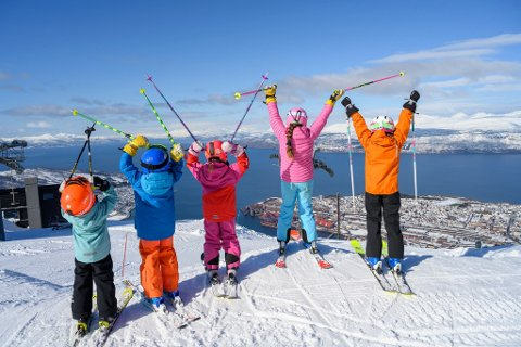 GODVÆR: Meteorlogen tør ikke spå sol hver eneste dag fram mot og ut helgen, men mener bestemt at dette blir den beste væruka så langt i år i Ofoten og Troms.