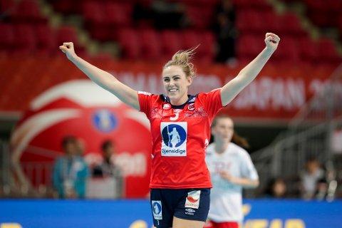 Emilie Hegh Arntzen gjorde en bra kamp mot Danmark søndag og scoret viktige mål i sluttfasen. Foto: Vidar Ruud (NTB scanpix)