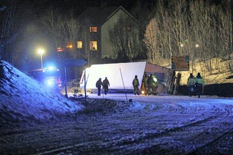 PROBLEM OGSÅ NED: Ei ulykke som dette kan oppstå på vei ned mot Trældalskrysset.