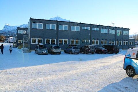 URO: Det er uro i den sammenslåtte ungdomsskolen i Narvik. En av de tillitsvalgte mener ledelsen ved skolen må styrkes.
