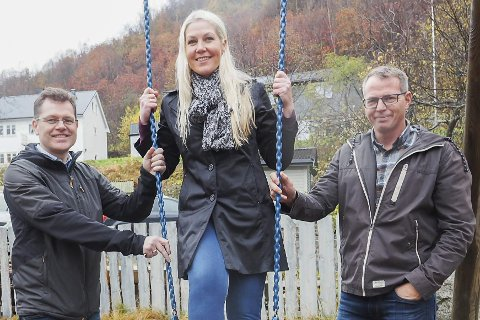 Styreleder Per Øyvind Mohus, daglig leder Eva Vassdal Sørensen, og styremedlem Bengt Berntsen, i Ørarampen Barnehage.