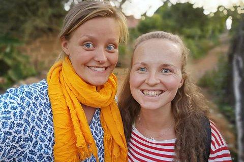 GODT Å VÆRE TO: Victoria (til venstre) bor og jobber med Randi Sollid i Taveta. Victoria forteller at det er godt å ha noen å dele opplevelsen med. Sammen legger de ut bilder på Facebook-siden sin «Randi og Victoria i Kenya», som Fremover har fått tillatelse til å låne bilder fra.