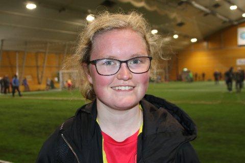 Det er en sterk historie løpsmaskinen Aurora har å fortelle. Ungjenta har slitt i livet, men gjennom fotballens fellesskap har hun funnet nøkkelen til å låse opp en vanskelig situasjon.