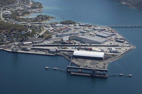 TERMINAL: Naturgass Nord har planer for en gassterminal på industriområdet på Fagernes. Onsdag var konkurransesituasjonen for flytende naturgass tema i Stortinget.