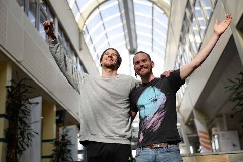 Åpenhet: Andreas Jæger og Raymond Green håper at byens første pridefest blir en suksess.