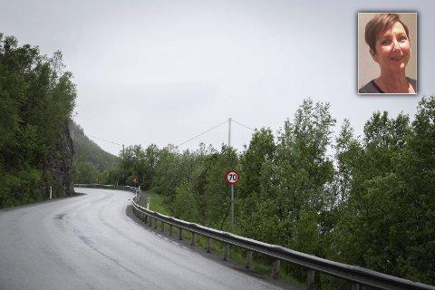 JOBBER SKIFT: Hilde Ella Ruthsdatter Stavem bor på Straumsnes, men jobber i Håkvik. Når Rombaksveien stenger mellom klokka 20 og klokka 06, tvinges hun til å kjøre gjennom to bomringer for å komme seg på jobb.