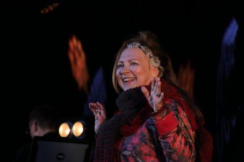 Veiviser: En av Norges største og viktigste artister, Mari Boine, tillegger Márkomeannu stor vekt. Forkjemperen for samisk språk og kultur mener «spetakkel i marka» er like viktig i 2019 som da hun for første gang stod på scenen i 1999.