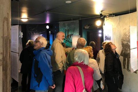 Fra bondebygd til by: Museet i Kjøpsvik følger stedets historie fra norsk og samisk fiskebondekultur til industrisamfunn, og har mange gjenstander som kan knyttes til Nordland Portland Cementfabrik (NPC) sin virksomhet i det som på samisk heter Gásluokta. Og som forandret bygda totalt.