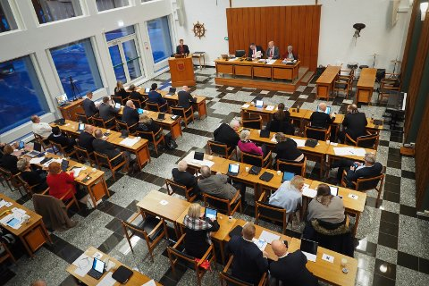 GOD UTTELLING: 17 av de 41 representantene i det nye Narvik kommunestyre kommer fra Ballangen og Tysfjords østside. Det er langt fler enn det folketallet skulle tilsi. (arkivbilde)