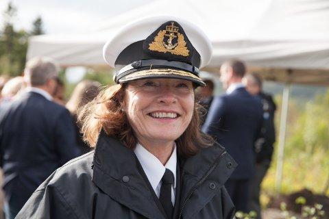 HAR KONKLUDERT: Brevet der Forsvarsdepartementet i dag formelt ble informert om at de nye maritime patruljeflyene skal fases inn på Evenes, er ført i pennen av sjef Forsvarsstaben viseadmiral Elisabeth Natvig.
