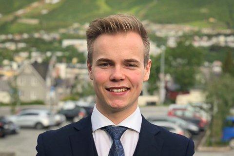EN AV TRE UNDER 20 ÅR: Eirik Magnus Ivarsson, 6. kandidat, Narvik Høyre.
