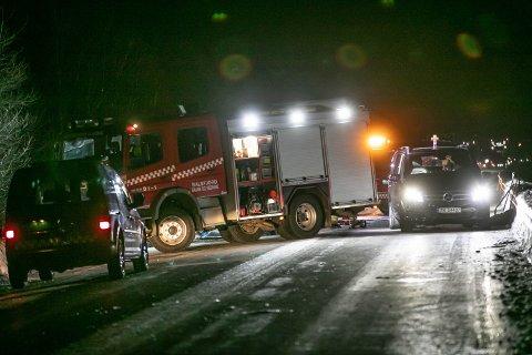 ULYKKE: En 19 år gammel mann omkom etter en kollisjon med en trailer i motgående kjørefelt.