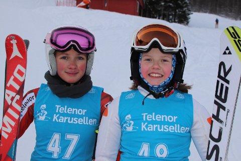 Dyktige alpin-ambassadører: Vilde Madelen Repvik og Ingrid Lorentzen er to flotte representanter for de to alpinklubbene i Narvik. 12-åringene kjører henholdsvis for Narvik slalåmklubb og Ankenes alpinklubb. Selv om de er konkurrenter, så er de to gode venninner og støtter hverandre i tvekampen mot de ett år eldre jentene i klassen U14.