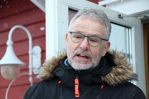 TRUET: Varaordfører Per Kristian Arntzen i Narvik ble to ganger truet med å bli kastet på havet av samme person lørdag. Dette skjedde da han deltok på en markering til støtte for videre drift av hurtigbåten mellom Kjeldebotn og Evenes.