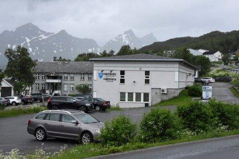 BREVKLUSS: – En av hytteeierne var indignert og ringte og fortalte at han skulle ha seg frabedt at området tilhørte Hamarøy, sier saksbehandler Ann Marit Andreassen.