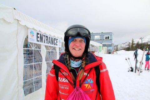 FRIVILLIG: Nederlandske Eeke Nijdam (39) er en av de mange frivillige under VM for juniorer.