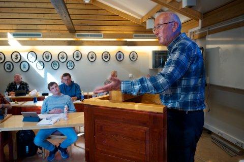 TORDNET: Pensjonert lærer Trygve Enoksen mente en skolegård til 10 millioner er råflott.