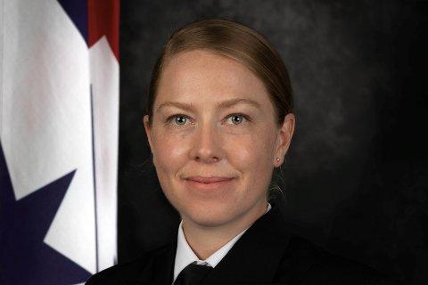LØYTNANT: Inger Ellingsen (30) endte opp i det australske forsvaret som løytnant.