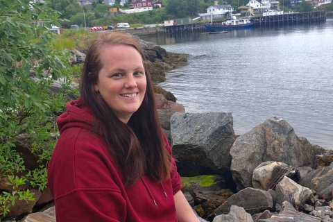 NY I BYEN: Linn Christine Nævdal har flyttet med samboeren til Narvik. – Jeg trives i nord, sier den nyansatte sykepleieren ved UNN Narvik.