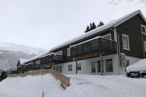 KJØPT: Evenes kommune kjøper de ti boenhetene de har leid siden 2015. Det er anslått å kunne spare kommunen for rundt 400.000 kroner i året.