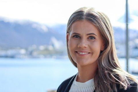 FLYTTER TIL BJERKVIK: Veronika Moan (29) tar med seg familien og flytter til Bjerkvik, og begynner i en nyopprettet stilling i KUPA. Pressefoto