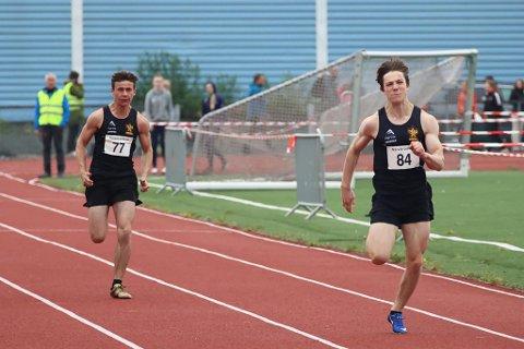 DUO: Ludvik Bredvold Johnsen (t v) og Odin Widsteen var i aksjon under junior-NM i friidrett fredag.