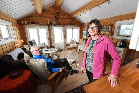 FRISTED:  - Hytta er et godt fristed i både gode og mer krevende dager, sier Ellen og Alf Bøhn, som vil tilbringe mer tid på hytta  i ukene framover.