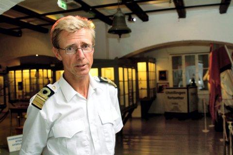 STENGTE DØRER: Forsvarets fellestjenester har bestemt at Marinemuseet ikke får åpne dørene før tidligst neste år. Det er Hans Petter Oset svært skuffet over.