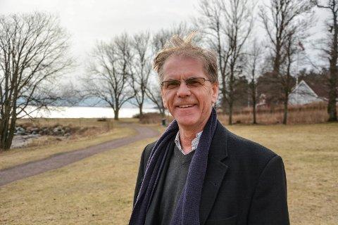 TRENGER FOLK: Direktør i Vestfoldfestspillene, Truls Sanaker, ønsker seg flere frivillige på laget.