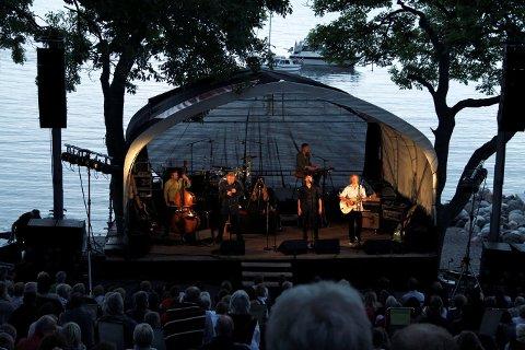 VAKRE OMGIVELSER: Øyvind Staveland tror at konsertens omgivelser kan gi publikum en ekstra verdifull opplevelse.