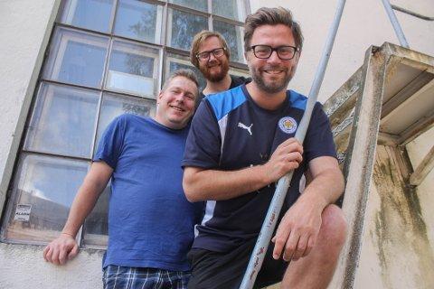 GLEDER SEG: Michael Råknes, Fredrik Dahle og Henrik Lysell inviterer til Mat og Ølfestival på Karljohansvern om få uker.