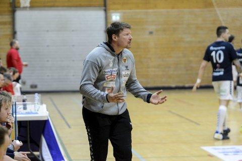 INNSATS: Falk-trener Johnny Jensen sier det fort blir dumt for Falk uten full innsats mot Bodø søndag.