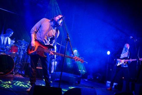 KOMMUNIKASJONSRÅDGIVEREN: Alex Svanberg har i årevis spilt i band, og bandet Jim Protector holder det fortsatt gående.