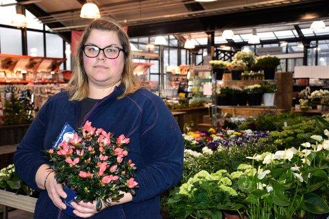 EKS KNUPP: Kristine Nilsen ser fram til at blomsterbutikken i Horten Handelspark får nye eiere over nyttår.
