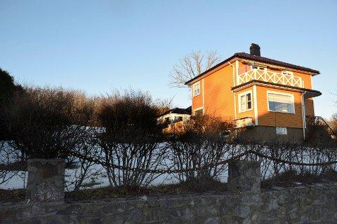SKAL BYGGE: Det var tomta bak som gjorde at Eva Hougsrud Andreassen og Øyvind Andreassen bød 7.700.000 for eiendommen i Otto Engers gate 7 og 7C.