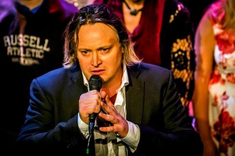 MUSIKER: Marius Holth fra Horten er ute med ei sitt første album denne uka.