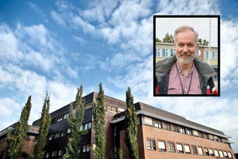 KAN SMILE: Kommuneoverlege Niels Kirkhus kan glede seg over nye tall som bekrefter det vi alle håper.