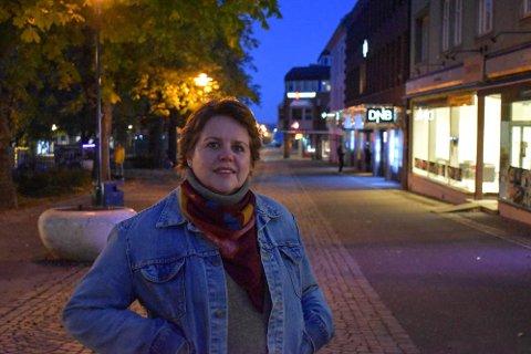 STILLE I GATENE: Lokal aksjonsleder Anne Bakken forteller om en ganske annerledes tv-aksjon i år.