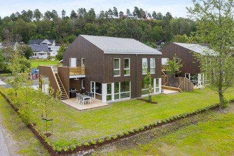 NYE BOLIGER: Dette er boligene som er planlagt i Revetal. Fire leiligheter på grunnplan og to med saltak.