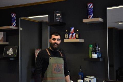 PÅ FLYTTEFOT: Shiyar Darwesh har flyttet «The Old Barbershop» til Torvet 6.