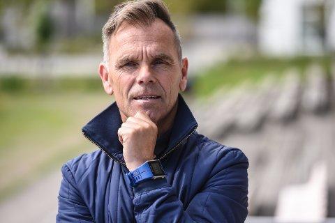 ANLEGGSANSVARLIG: Roy Kenneth Skulstad-Hansen i Ørn Horten inviterte fotballforbundet til befaring i Lystlunden.