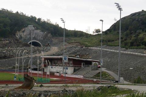 Det som skal bli den nye hovedsamleveien til idrettsparken på Solås, kan bli åpnet for bilister allerede i 2022 (arkivfoto: Kirsten Håland).