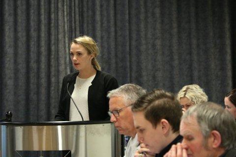 Hayley Anita Henriksen er glad for at det nå er mulig å flytte de som mobber medelever til andre skoler.